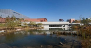 Amore-Pacific-Beauty-Campus-_-JUNGLIM-Architecture-+-M.A.R.U-Architecture-07cover