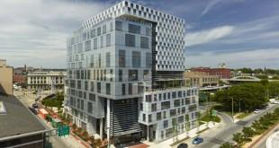 John-and-Frances-Angelos-Law-Center-_-Behnisch-Architekten-+-ASG-04