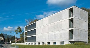 Residential-Building-In-Cureglia--_Stefano-Moor-+-Bonetti-e-Bonetti-Architetti-01