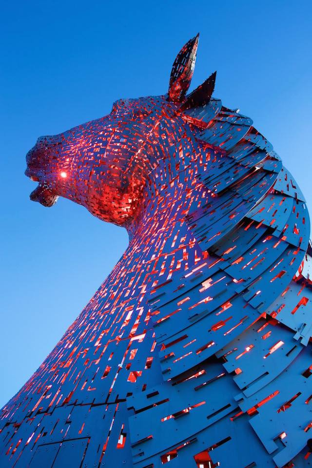 Amazing Horse Head Sculptures Artist Andy Scott - Sheet4