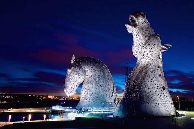 Amazing Horse Head Sculptures Artist Andy Scott - Sheet5