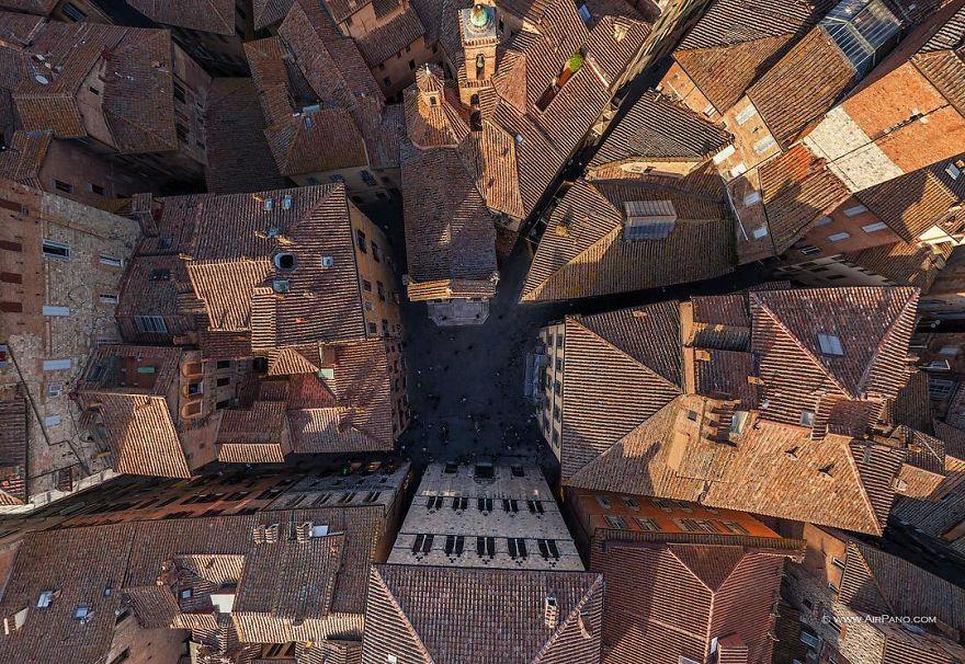 10. Siena, Italy