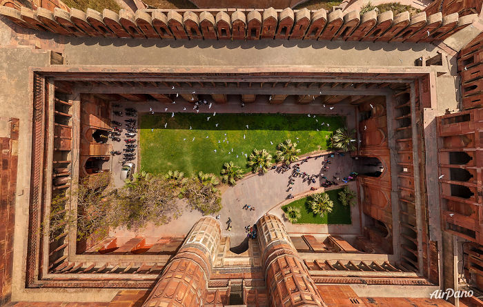 20 Great Cities Like You've Probably Never Seen Them Before - Agra Fort, India