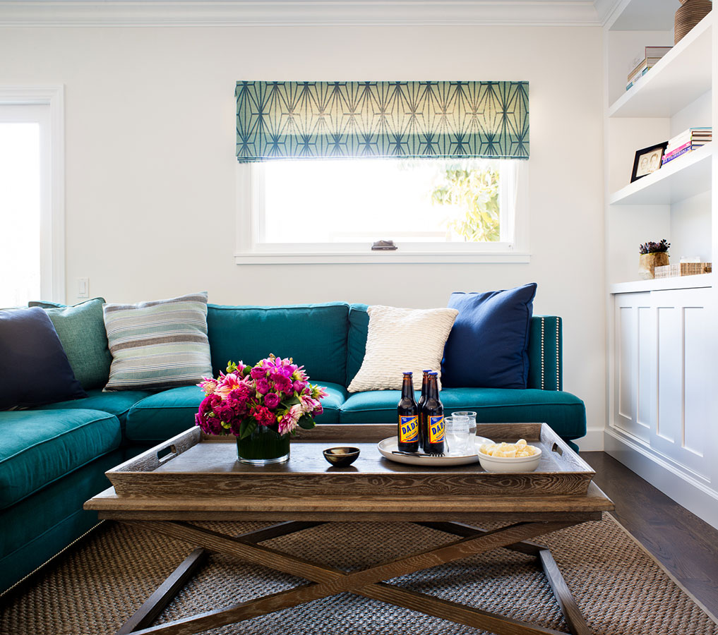 10 Elegant Living Room Color Schemes - Cool Charcoal and Teal