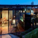 Glass House By Cristina Menezes Arquitetura