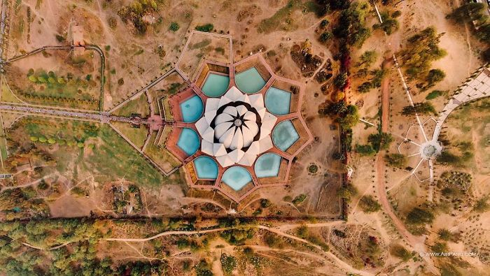 20 Great Cities Like You've Probably Never Seen Them Before - Lotus Temple, located in Delhi, India