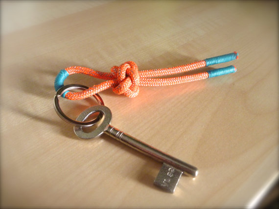 Beautiful and Stylish Rope Projects - Rope Keychain