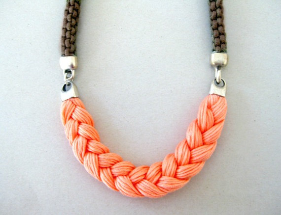 Beautiful and Stylish Rope Projects - Rope Statement Necklace