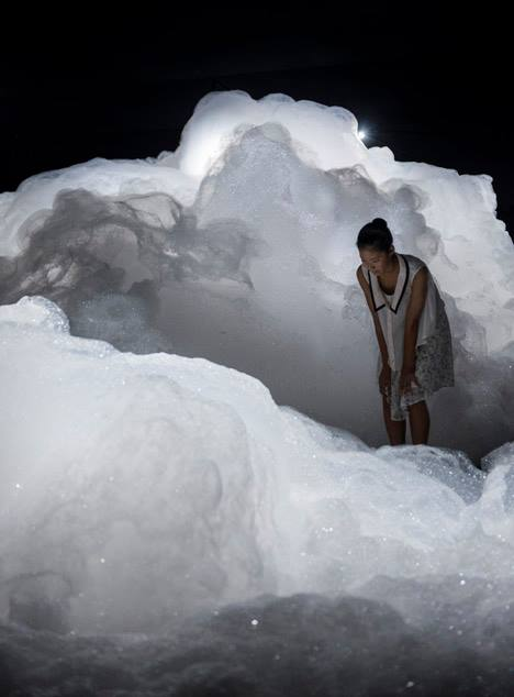 Kohei Nawa's Foam Installation Created A Cloud-like Landscape of Soapy Bubbles - Sheet3