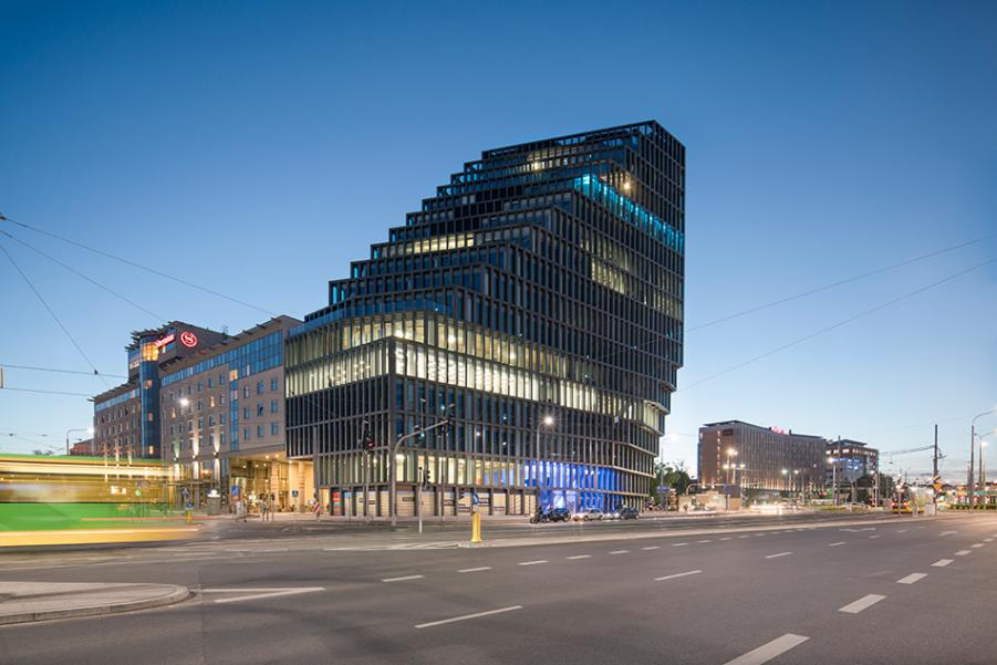 An Office Building that looks radically different from every side - Sheet12