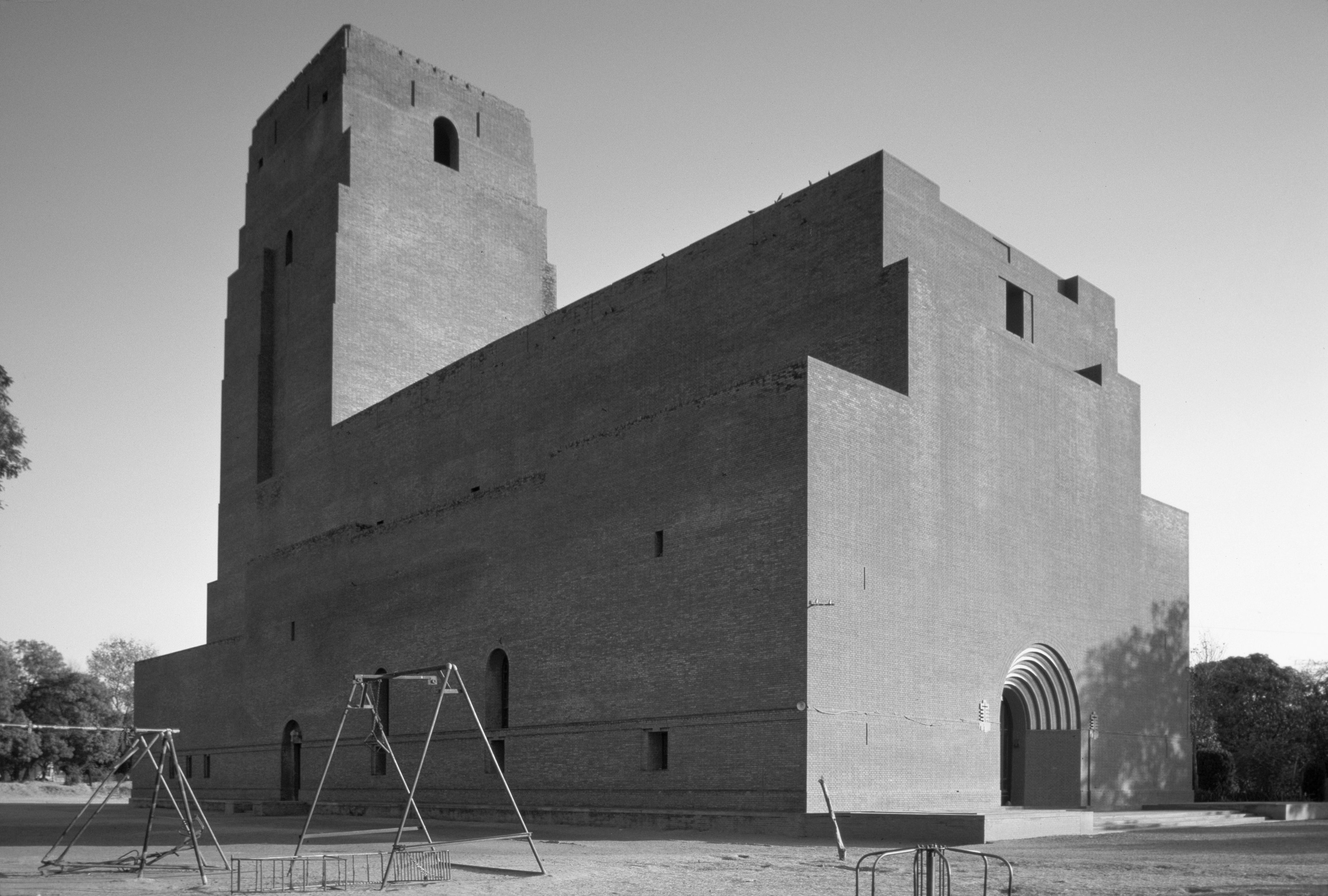 A journey of 100 years of Architecture in India | Part 01 - 1928 St Martins Garrison Church New Delhi