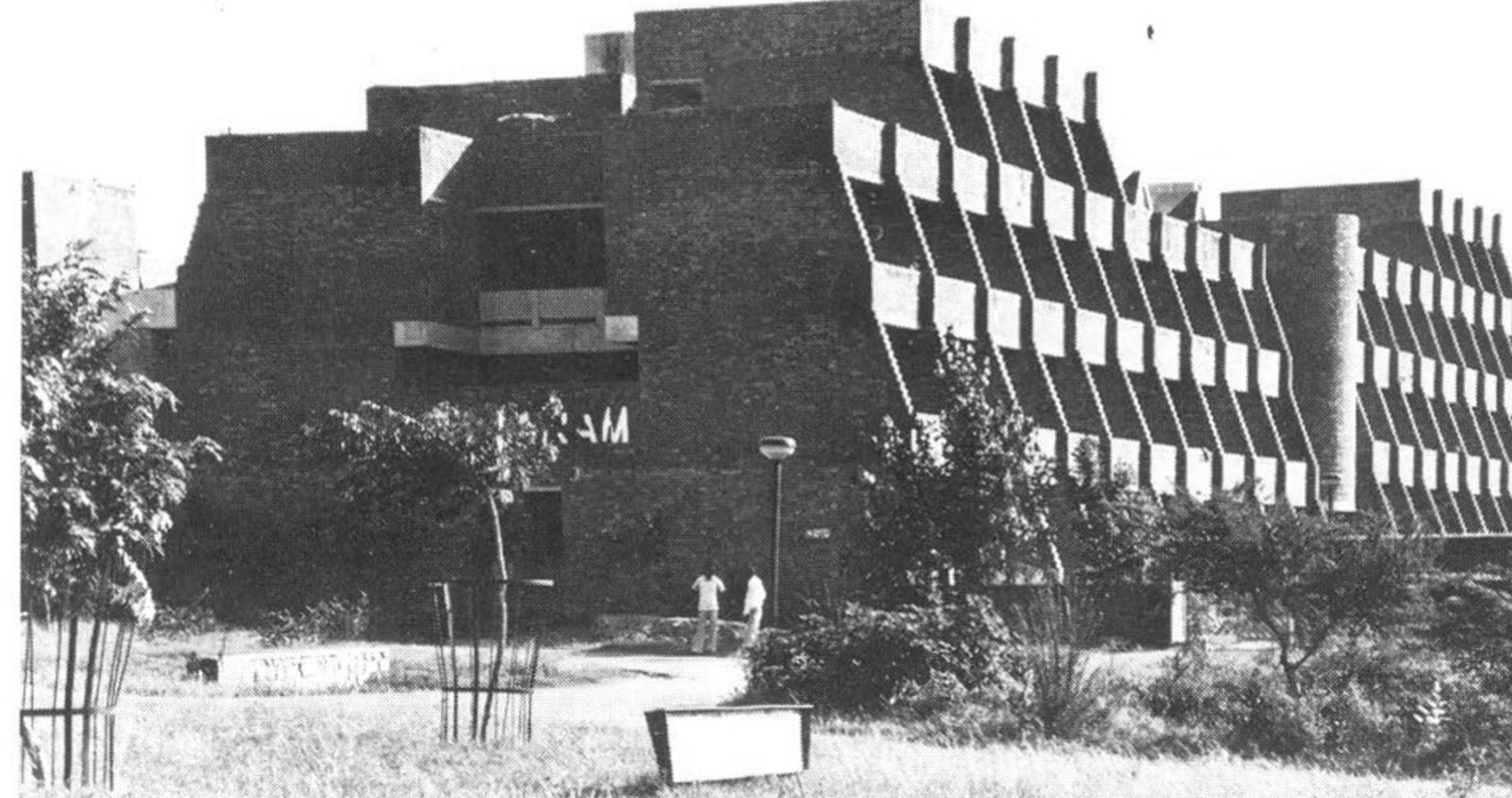 A journey of 100 years of Architecture in India   Part 02 - 1970-1976-Hostels-Jawaharlal-Nehru-University