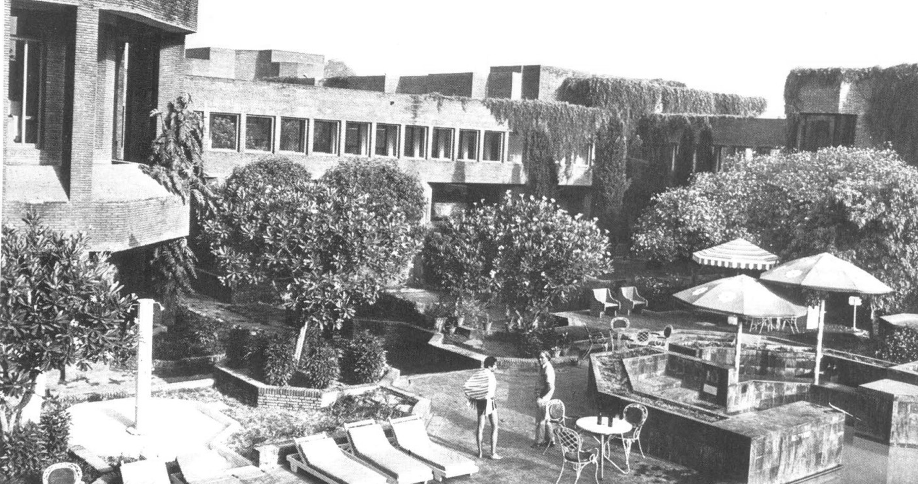 A journey of 100 years of Architecture in India | Part 02 - 1974-1977-Hotel-Mughal-Sheraton