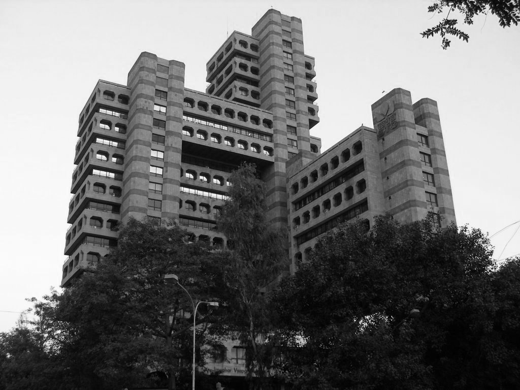 A journey of 100 years of Architecture in India | Part 03 - 1976-89 State Trading Corporation building,New Delhi