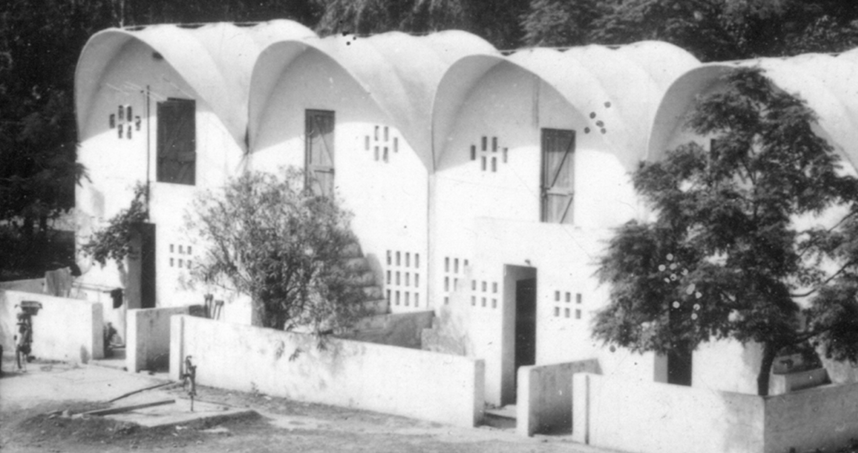 A journey of 100 years of Architecture in India | Part 03 - 1976-Low-cost-housing-New-Okhla