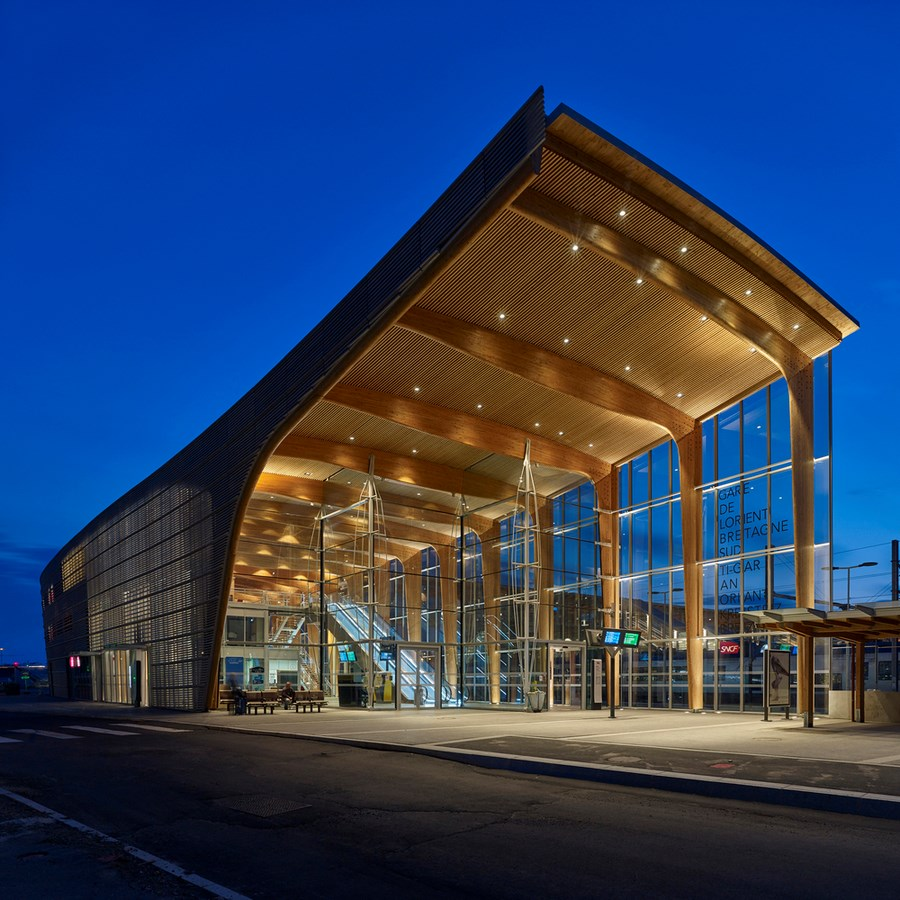 Best of 2017 - Transport Hubs Check out all the Projects here! - Lorient Multimodal Hub | AREP