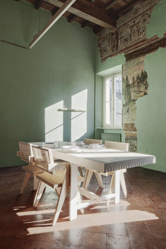10 Different Projects That Feature the Color Green! - Brolettouno Apartment / Archiplanstudio
