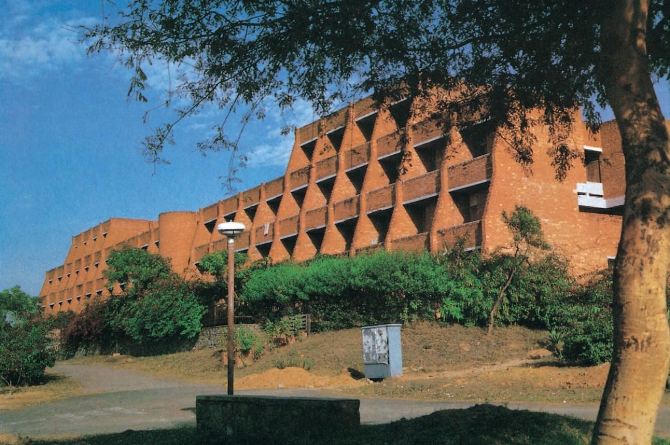 JNU, New Delhi by CP Kukreja Architects