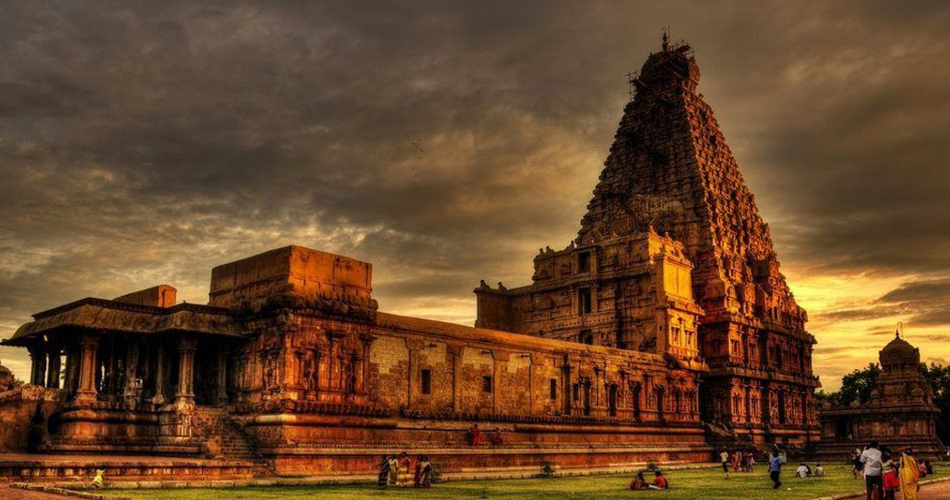 indian temples, iconic temples in south india, tanjore periya kovil