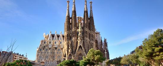 20 Buildings in Europe Every Architect must visit - La Sagrada Familia, Barcelona, Spain