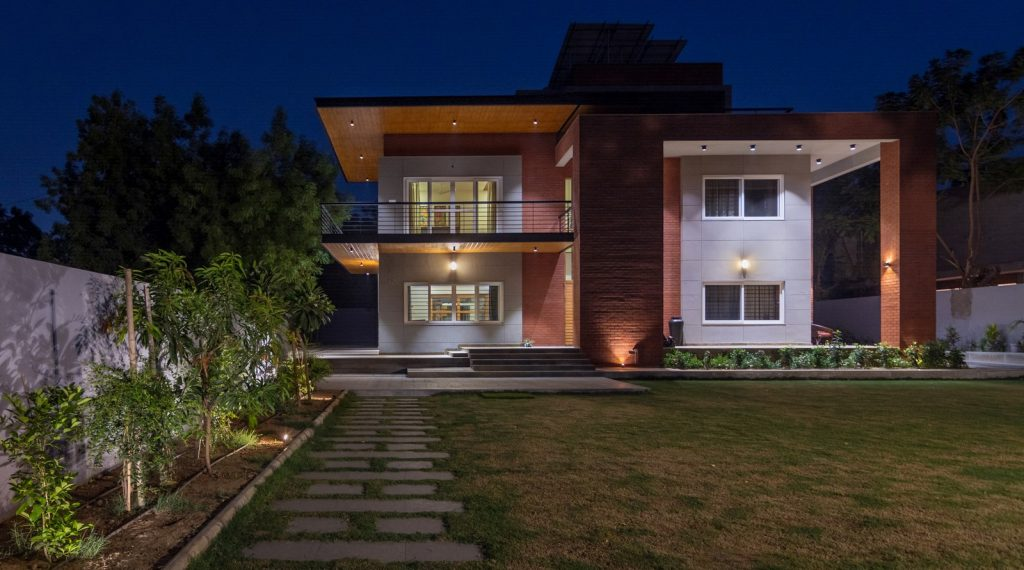 PRATHAM SQUARE BY AVASITI ARCHITECTS