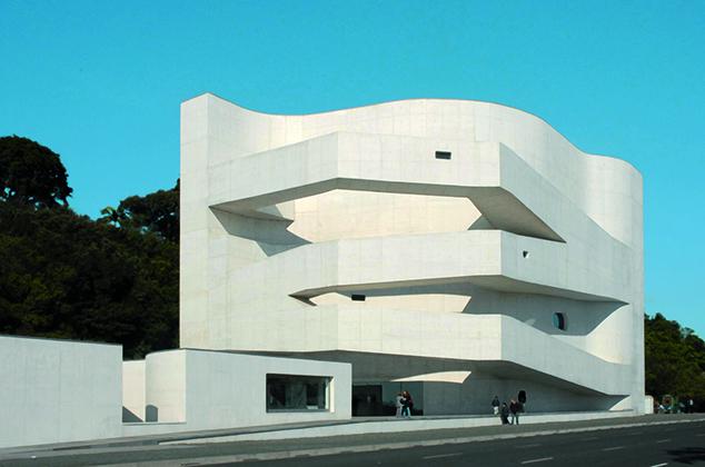 Famous Architects - Alvaro Siza - Iberê Camargo Foundation, Brazil