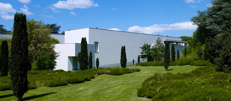 Famous Architects - Alvaro Siza - The Serralves, Portugal