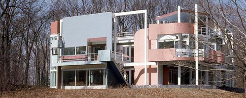 15 Most Important Projects by Michael Graves - Snyderman House, US