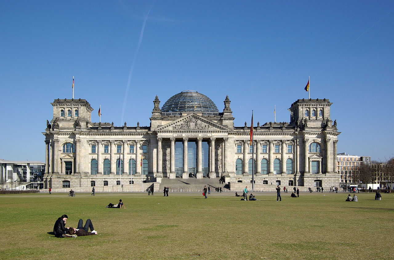 25 Projects by Norman Foster that made him a leader in the Architecture Industry - Reichstag Building