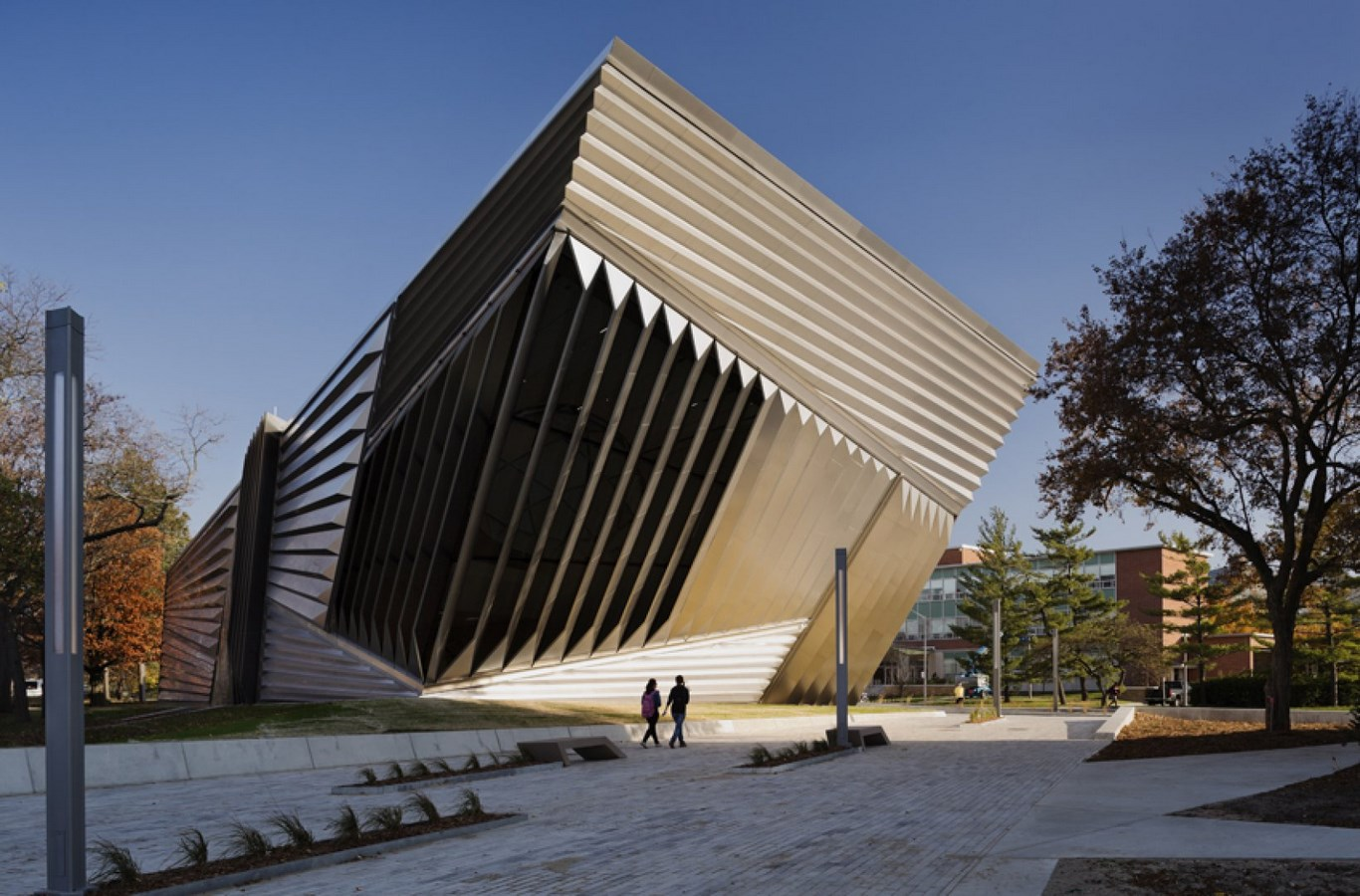 30 Projects That Define Zaha Hadid's Style - Eli & Edythe Broad Art Museum, USA