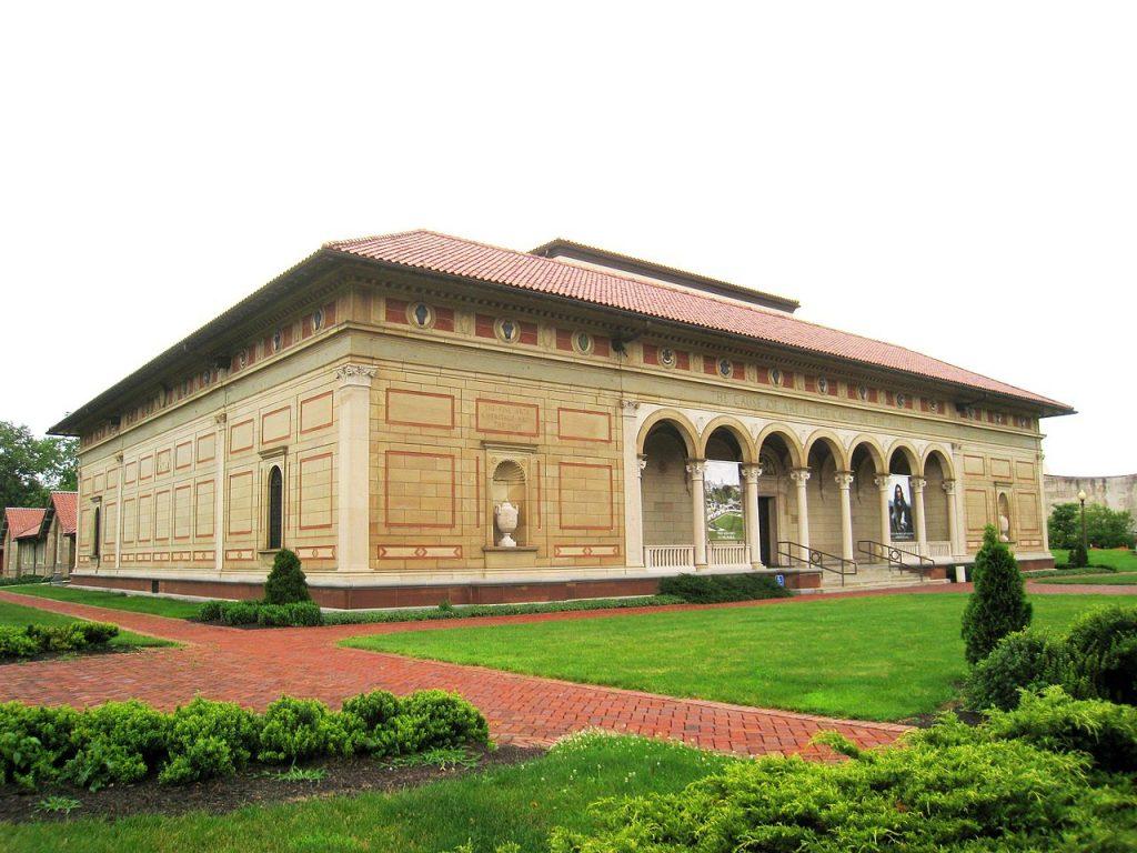 15 Iconic Buildings of Robert Venturi Every Architect Should Visit - Allen Memorial Art Museum