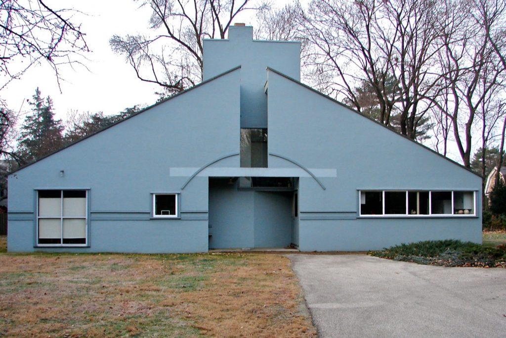 15 Iconic Buildings of Robert Venturi Every Architect Should Visit - Vanna Venturi House, USA