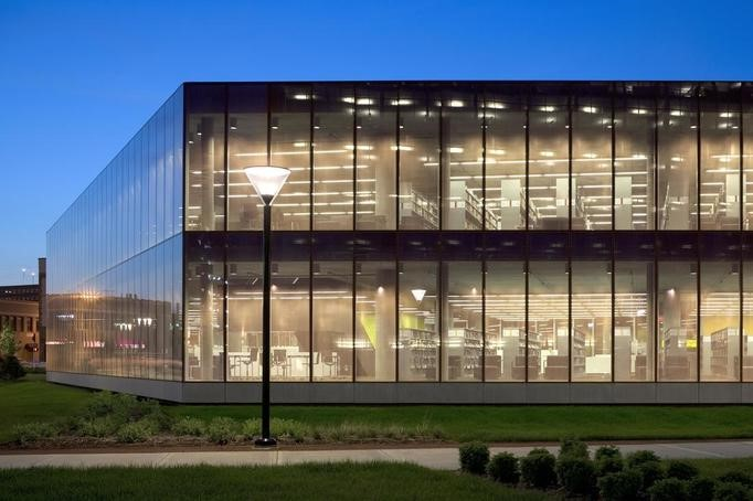 15 Projects By David Chipperfield Every Architect Must Visit! - DES MOINES PUBLIC LIBRARY, LOWA