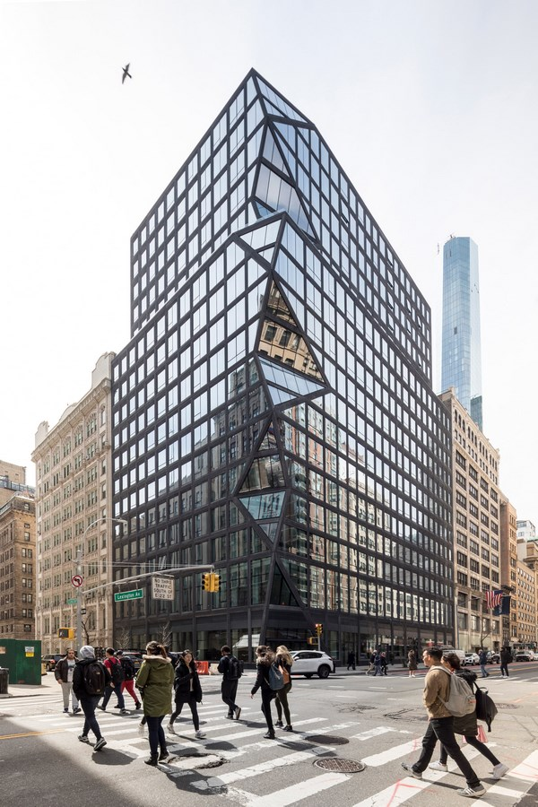 100 Best Architecture Projects of the 21st Century - Black Manhattan apartments