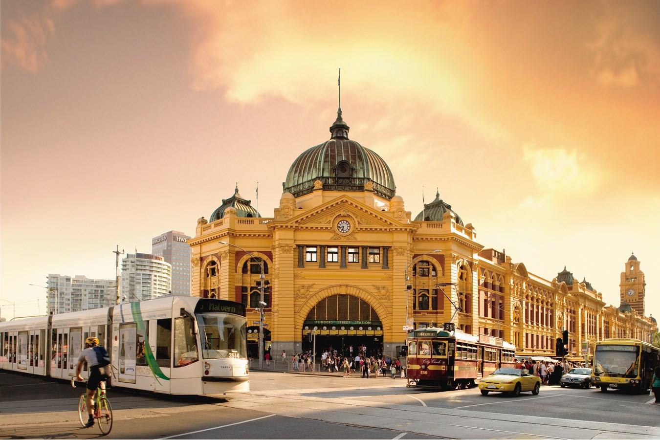 25 Iconic Projects by Herzog & de Meuron every Architect Should Know - FLINDERS STREET STATION, MELBOURNE, AUSTRALIA - Sheet2