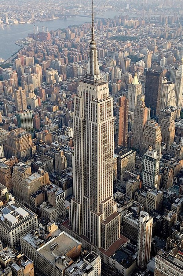 60 Most Famous Buildings in New York - Empire State Building