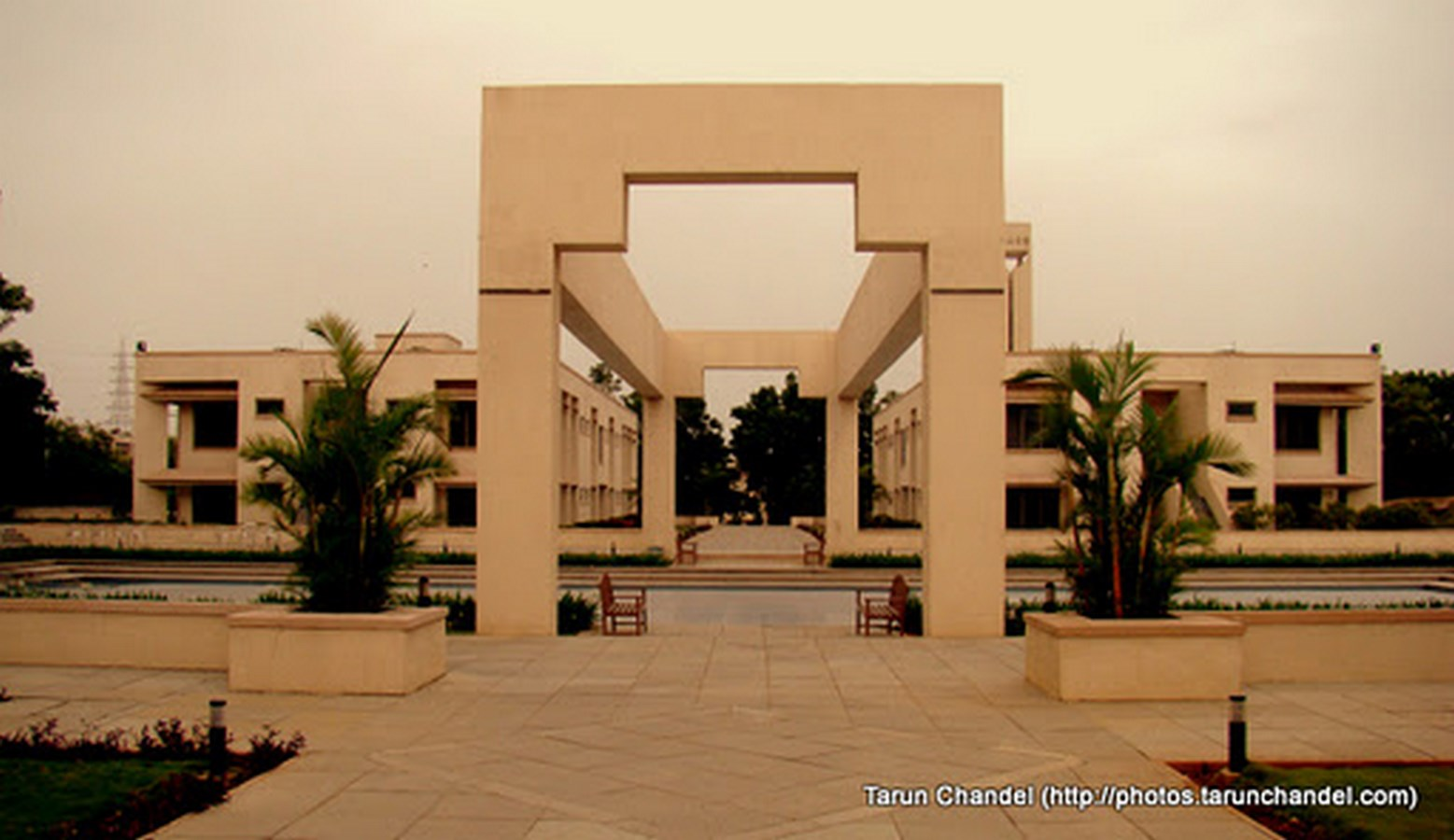 20 Iconic Projects By Hafeez Contractor - Indian School of Business