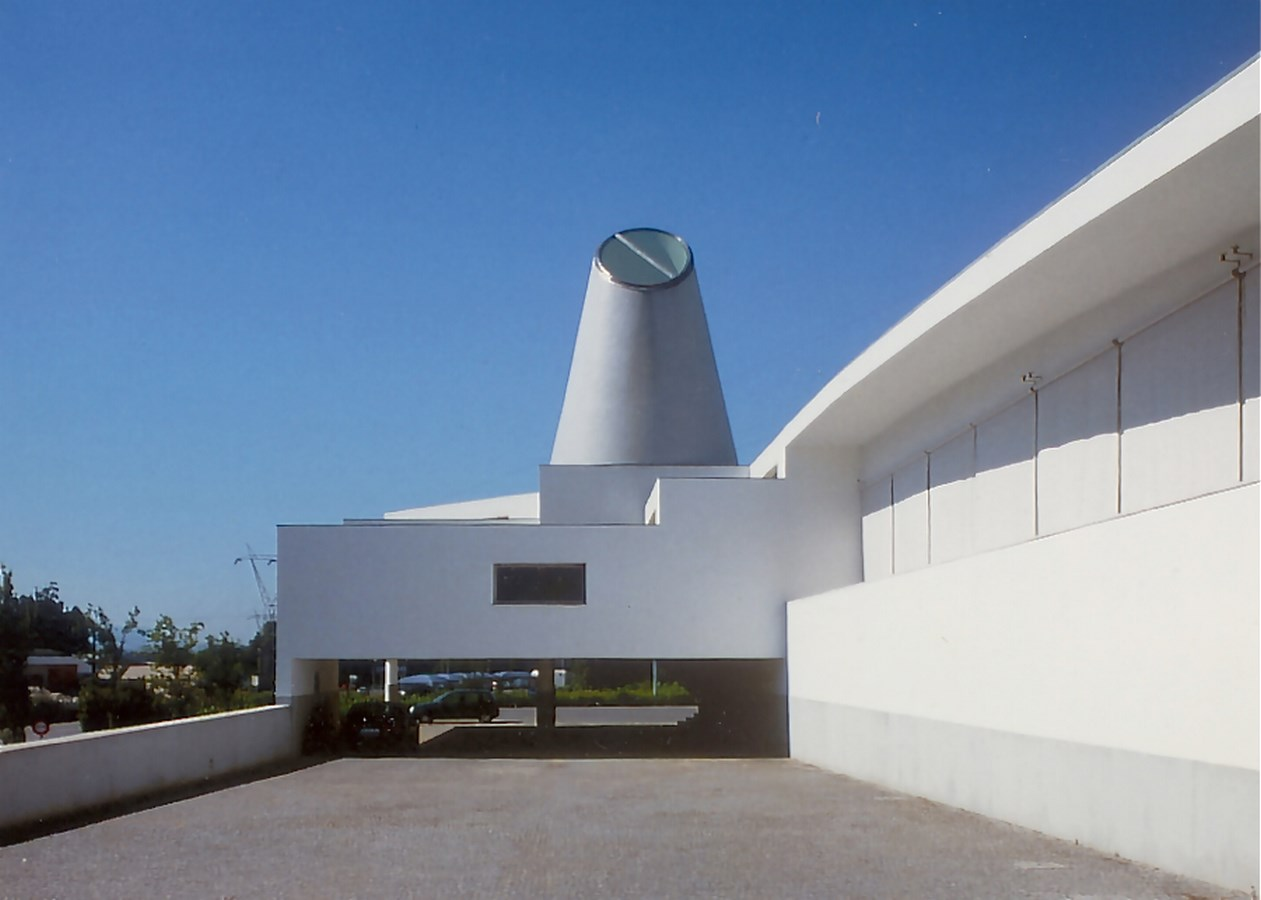 15 Projects by Alvaro Siza every Architect Must Visit! - Revigrés