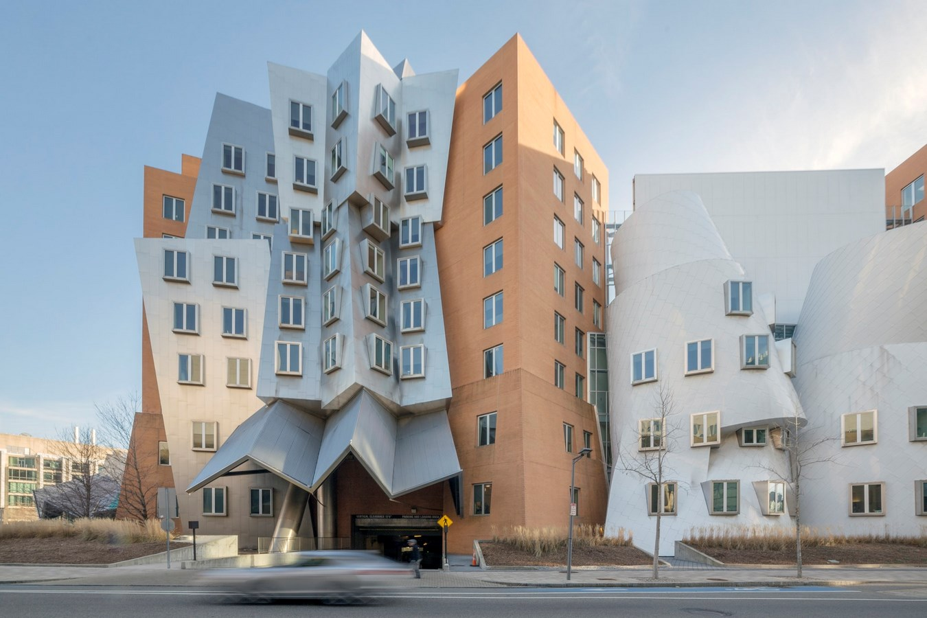 25 Most Iconic Structures In Boston - MIT STATA CENTER - Sheet1