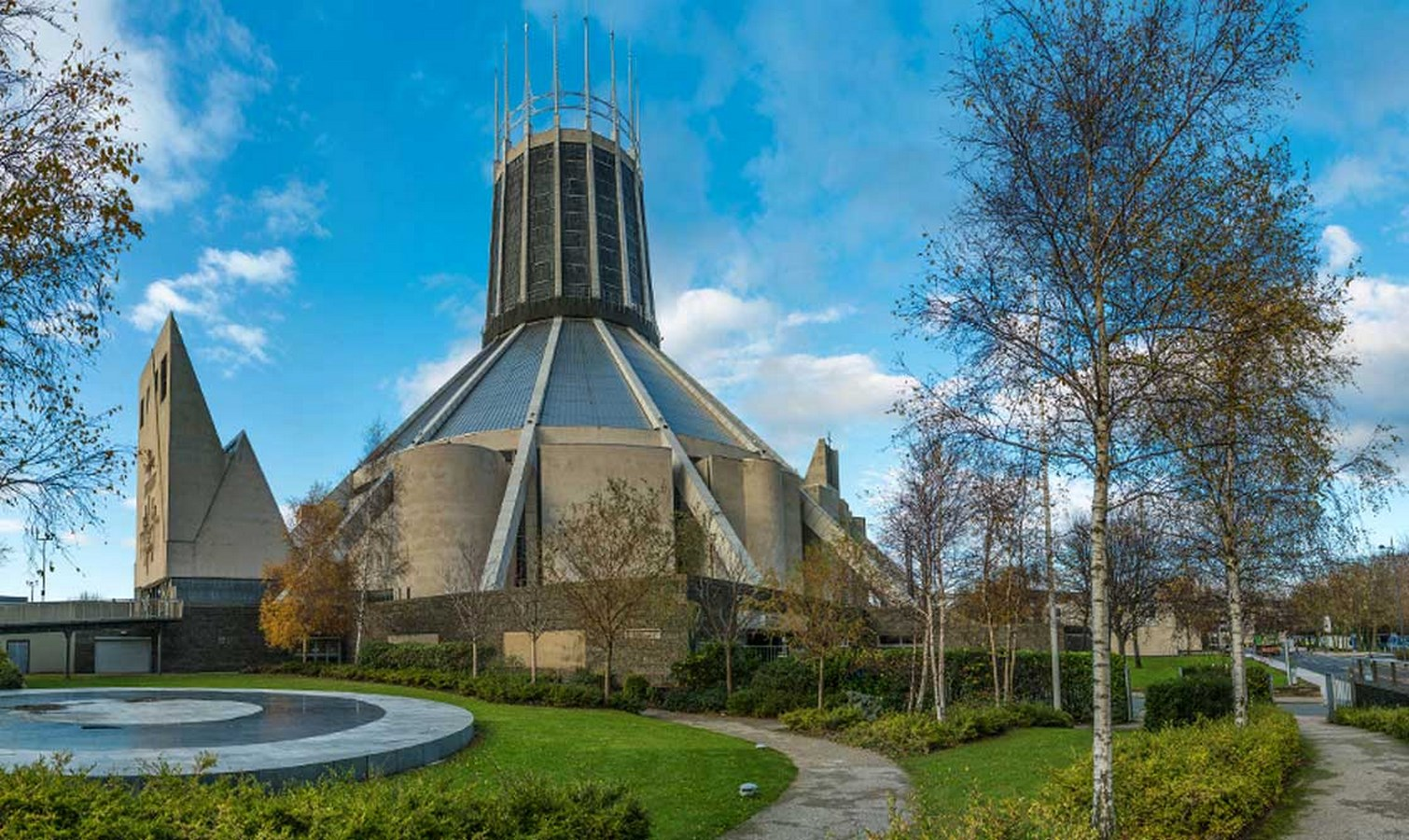 30 Structures that define Liverpool Architecture - Metropolitan Cathedral