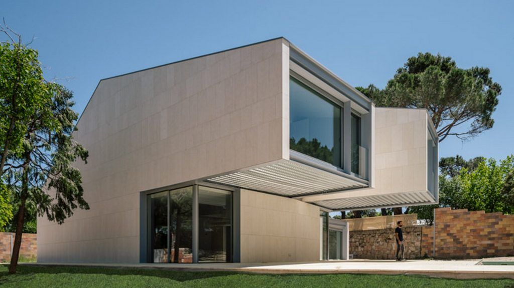 M4 House looking at the forest By Zooco Estudio - Sheet2