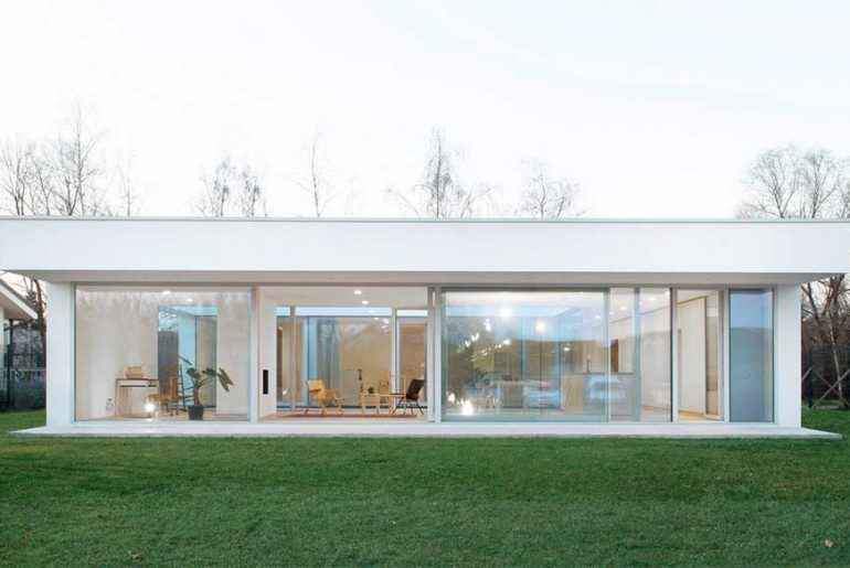 Patio House By ARHITEKTURA