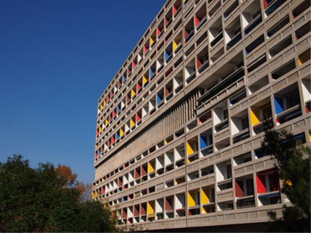 10 Prime Examples of Brutalist Architecture (1)