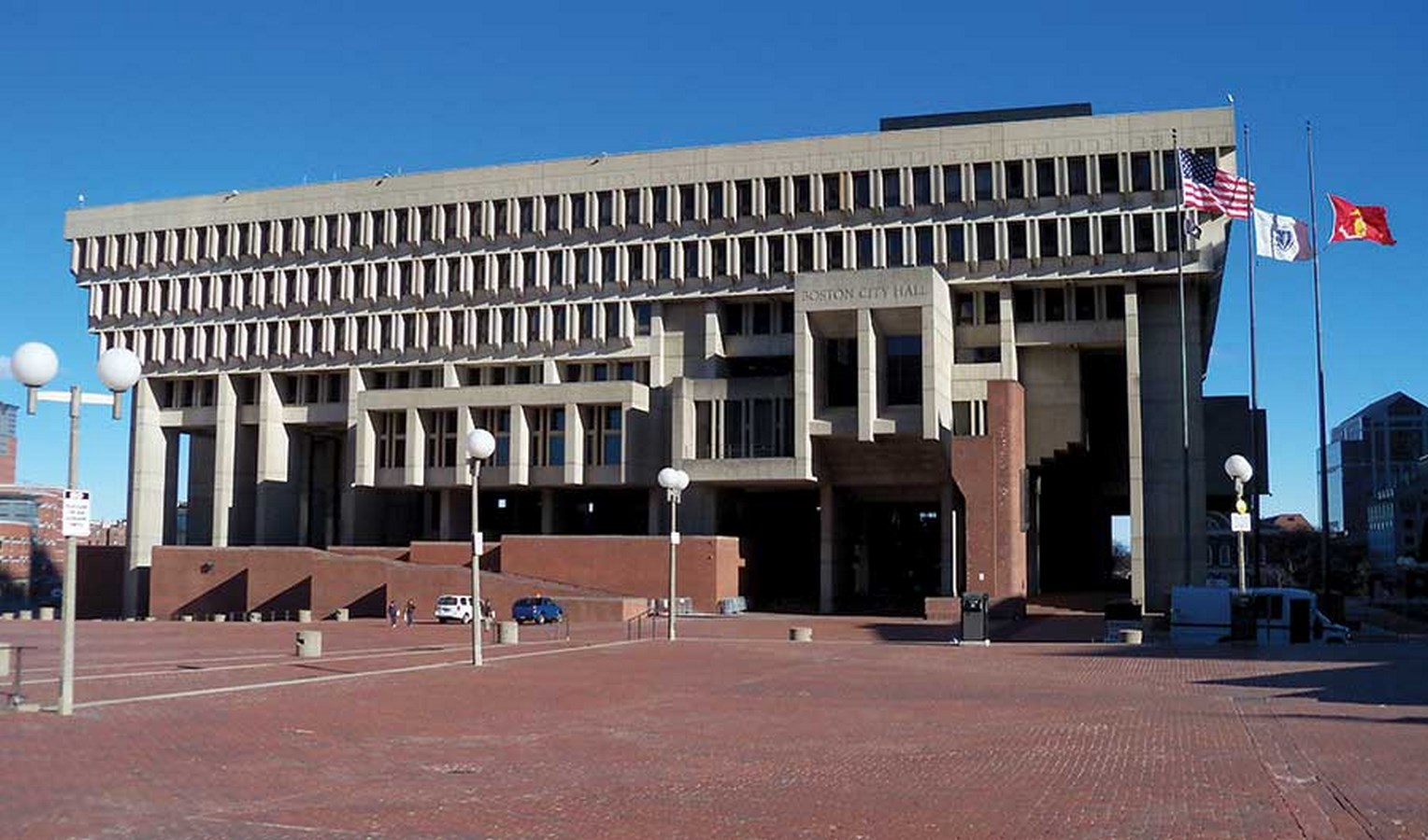 10 Prime Examples of Brutalist Architecture (4)