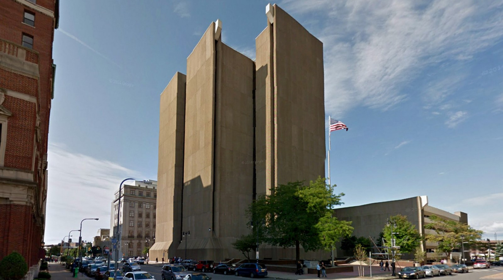 10 Prime Examples of Brutalist Architecture (6)