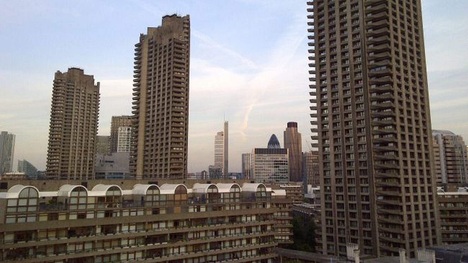 10 Prime Examples of Brutalist Architecture (8)
