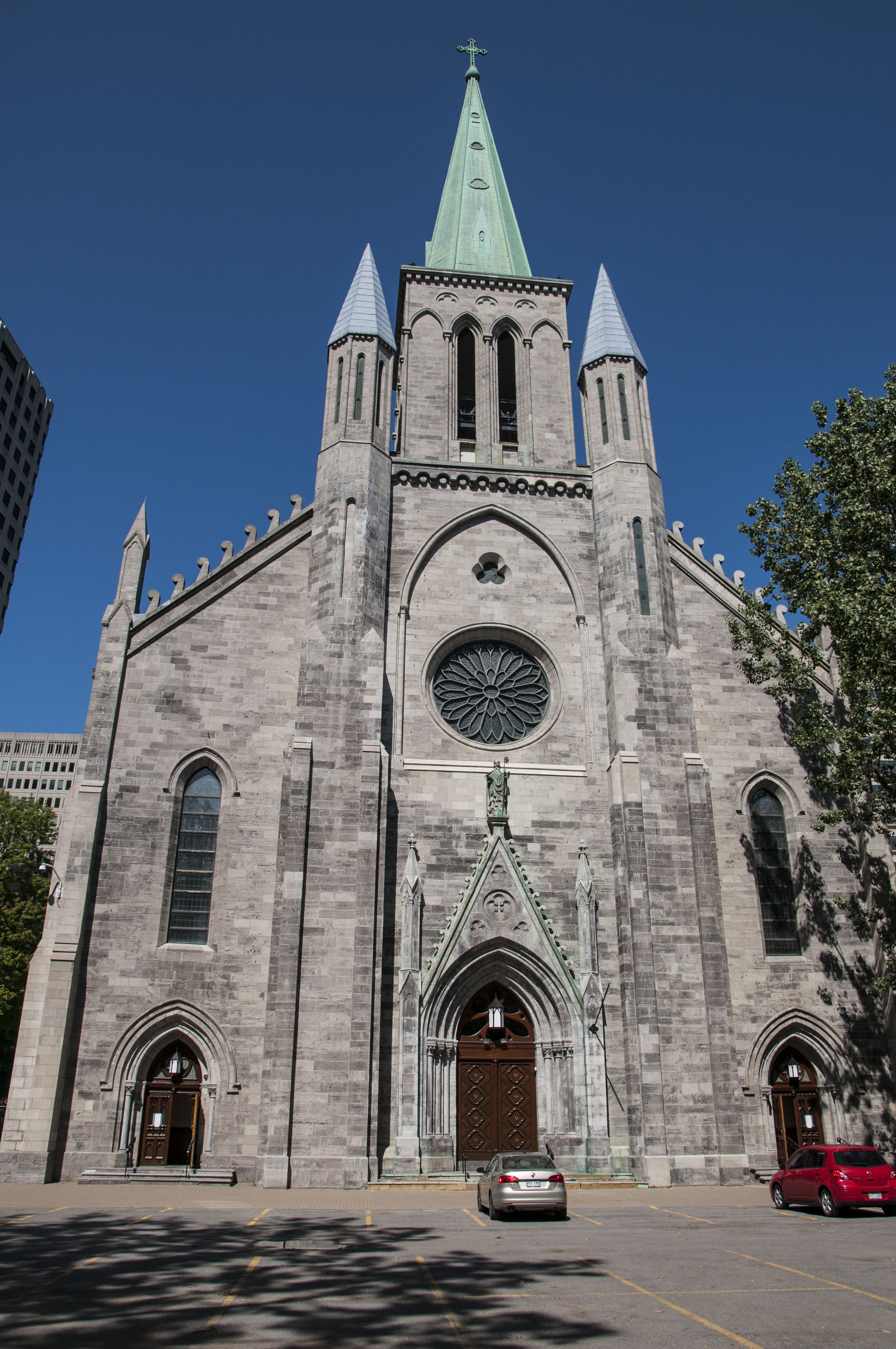 Gothic Revival Architecture that will take you back to 19th century
