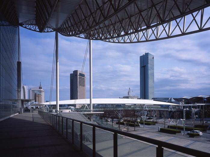 25 Projects by Fumihiko Maki -Makuhari Messe