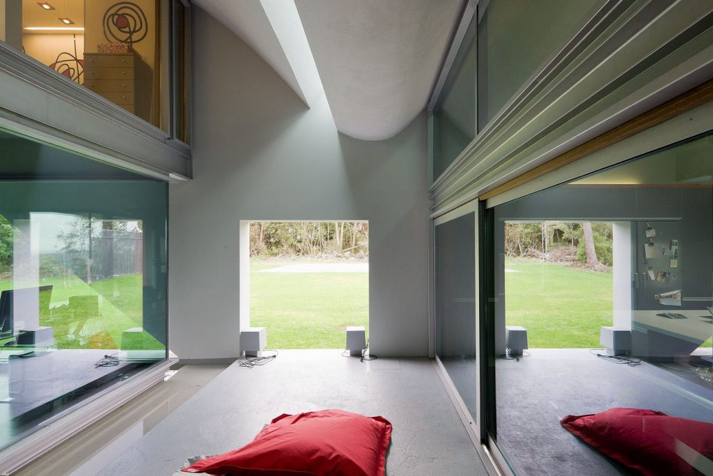 The House of the Flight of Birds By Bernardo Rodrigues Arquitecto - Sheet3
