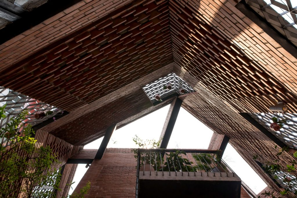 Brick Cave By H&P Architects - Sheet8